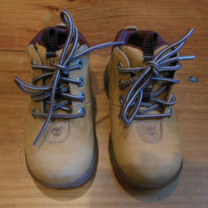 TIMBERLAND Toddler 6 Brown Ankle Boots (Like Dad!)